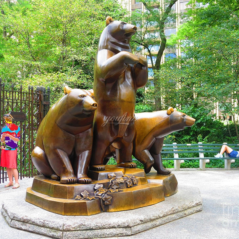 Famous street bronze three bear sculptures for sale