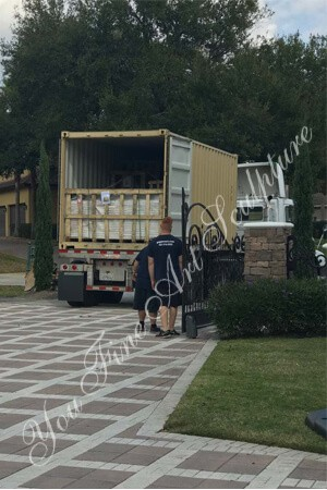 Sculptures Unloading in USA client's house